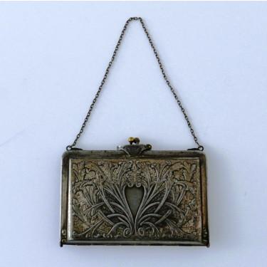 Bolsito metálico para señorita, Reino Unido, h. 1912, 9 x 12 cm #E0201