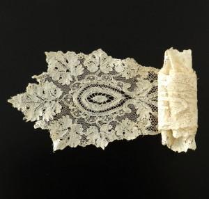 Corbata de encaje antiguo, posiblemente Bélgica, 137 x 12 cm #A0612