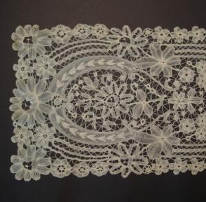 Corbata de encaje antiguo de Bruselas (Bélgica) 167 x 24 cm #A0601