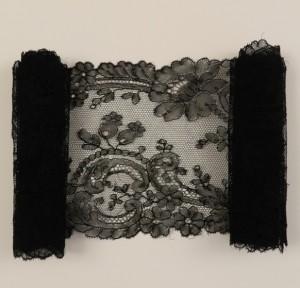 Corbata de encaje antiguo de Chantilly (Francia) 144,5 x 14 cm #A0606
