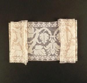 Encaje de malla h. 1550-1600, España 66,5 x 16 cm #A0404